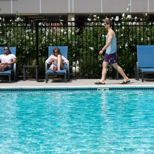 residents at the pool atapartment in wilmington de